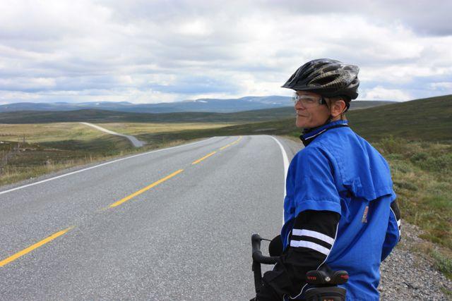 """Att få cykla här uppe på Europas tak har varit min """"målbild"""" och nu är jag här."""