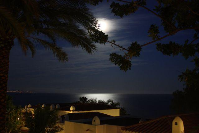 Dagarna avslutades med månskenspromenad.